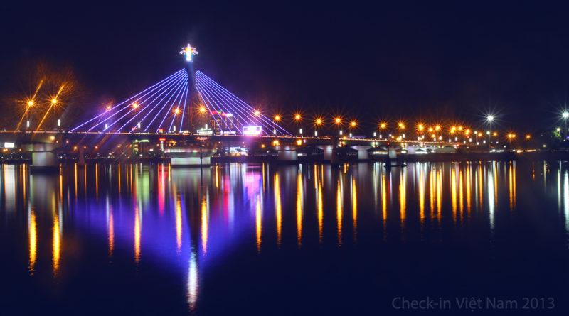 Cầu Sông Hàn về đêm