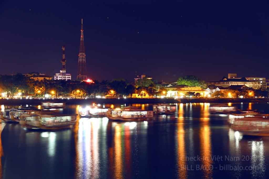 thành phố Huế về đêm