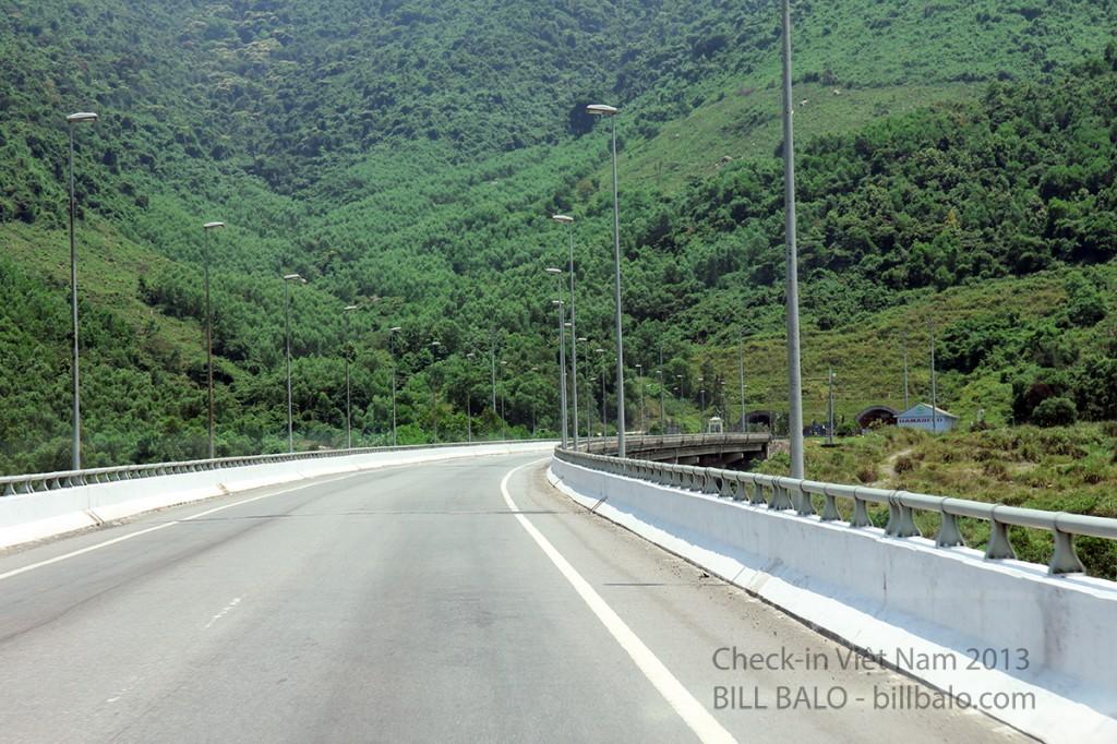 Cầu Hải Vân