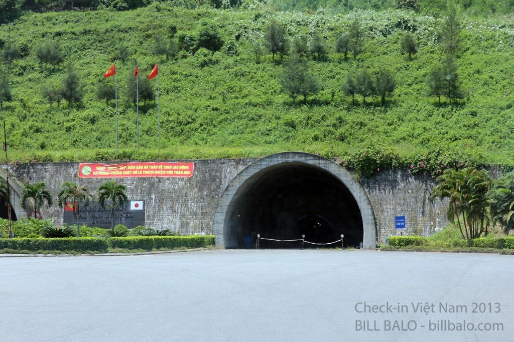 Một bên hầm không hoạt động