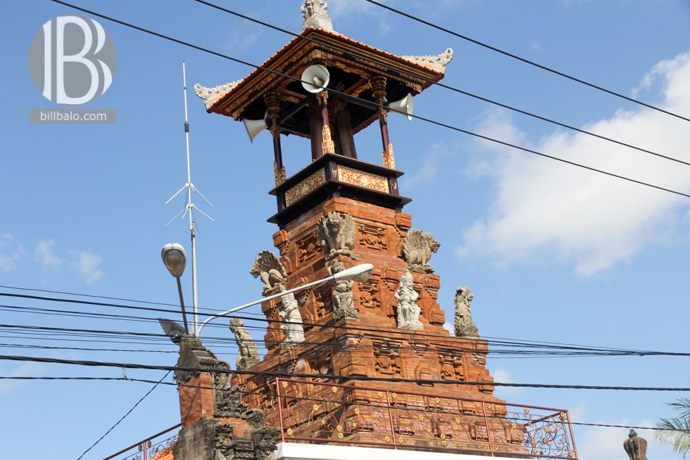 Hitch Hiking - Đi nhờ xe thành công ở Bali