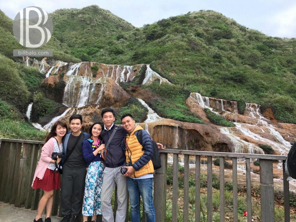 thác nước vàng golden waterfall