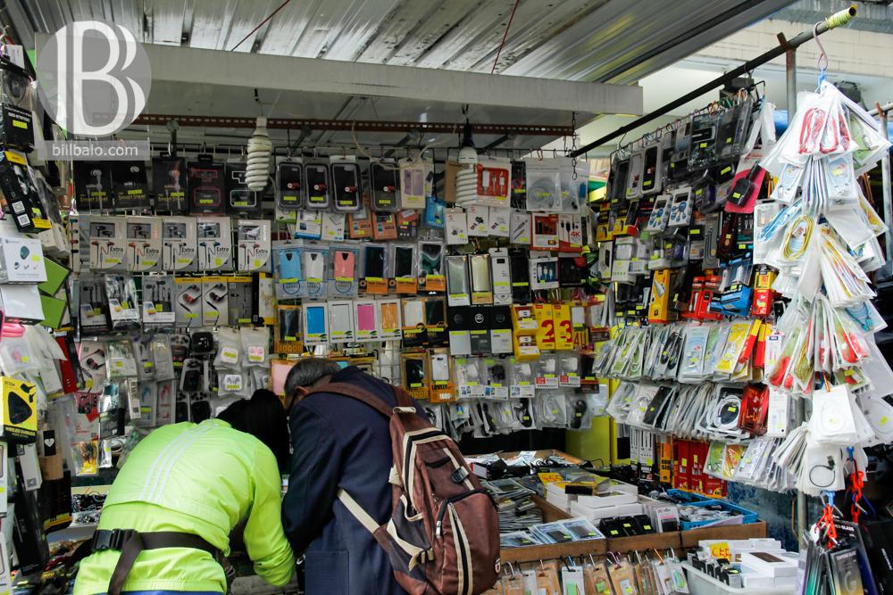 Chợ đồ cũ Apliu Street và khám phá những chung cư nghèo ở Hong Kong