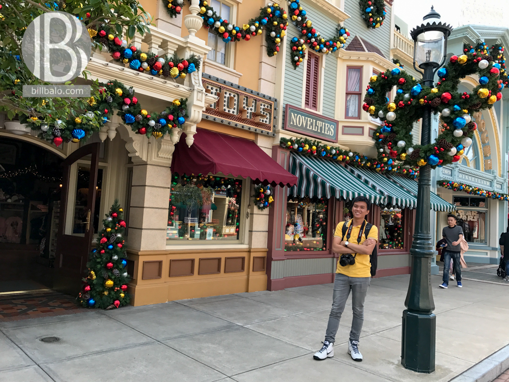 Main Street, U.S.A - Disneyland Hong Kong