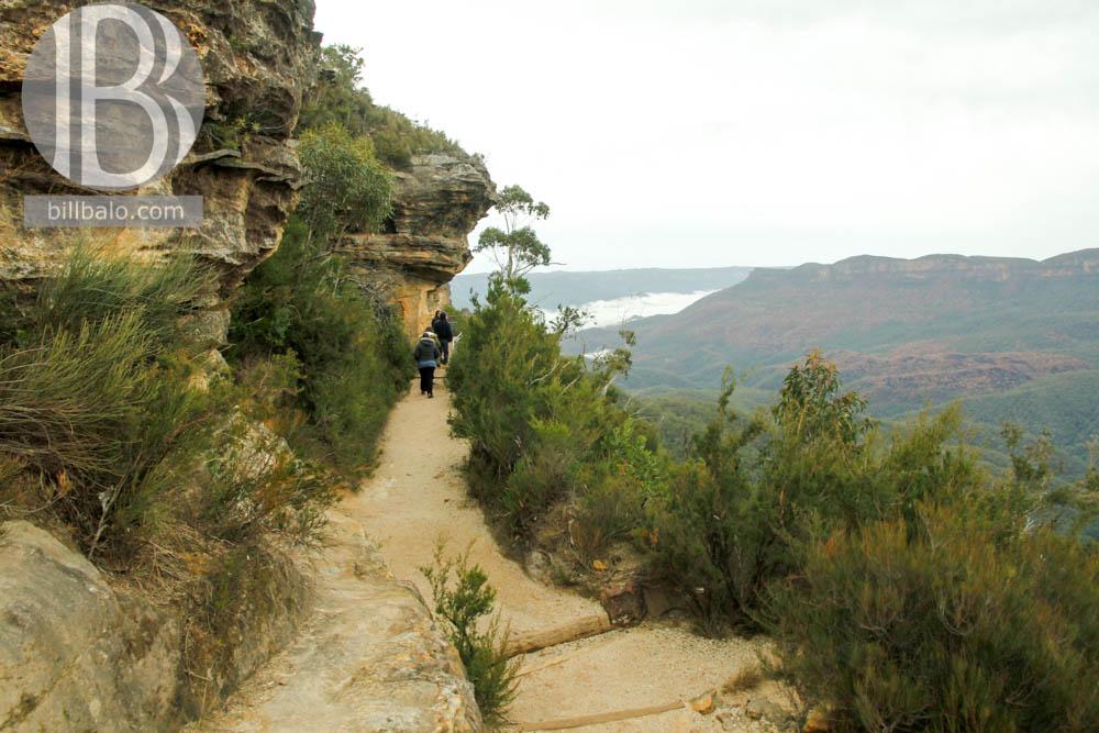 Cách đi Núi Ba Chị Em ở Blue Moutains